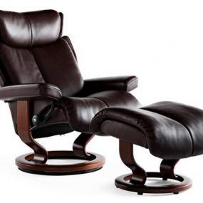 Poltrona Stressless modello Magic con base Classic